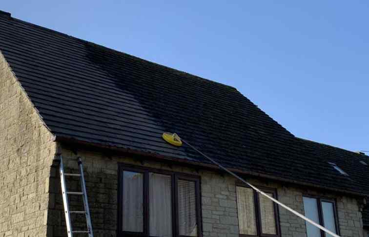 Professional roof cleaning and moss removal in Oxfordshire